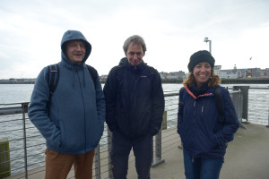 Amphipodologists waiting for the harbour ferry. Photo: AHS Tandberg